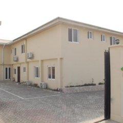 Отель Adis Hotels Ibadan парковка