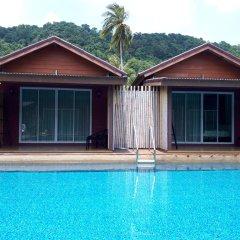 Отель Lanta For Rest Boutique Таиланд, Ланта - отзывы, цены и фото номеров - забронировать отель Lanta For Rest Boutique онлайн бассейн фото 3