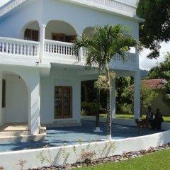 Отель By The Sea Vacation Home And Villa фото 8
