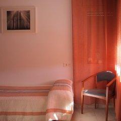Отель Hostal El Castell Испания, Калафель - отзывы, цены и фото номеров - забронировать отель Hostal El Castell онлайн комната для гостей фото 2