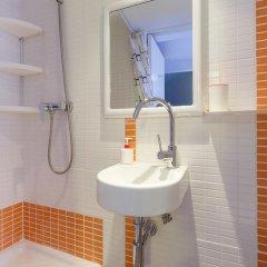 Отель Hola Barcelona Dr. Bove Барселона ванная