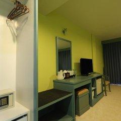 Ansino Bukit Hotel 3* Улучшенный номер двуспальная кровать фото 7