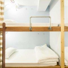 Barn And Bed Hostel Кровать в общем номере фото 17