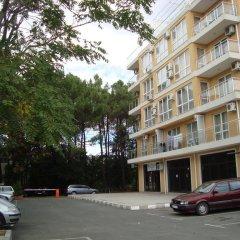 Апартаменты Flores Park Apartments Солнечный берег парковка