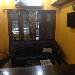 Отель Stit Inn Бангкок комната для гостей фото 3