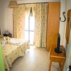 Отель Hostal Malia Испания, Кониль-де-ла-Фронтера - отзывы, цены и фото номеров - забронировать отель Hostal Malia онлайн комната для гостей