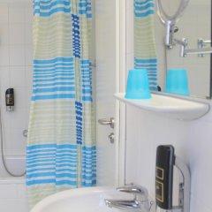 Отель Kaiser Германия, Берлин - отзывы, цены и фото номеров - забронировать отель Kaiser онлайн ванная