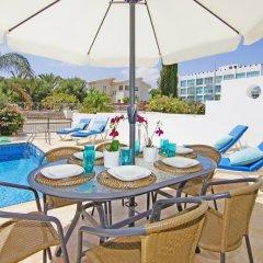 Отель Villa Alina Кипр, Протарас - отзывы, цены и фото номеров - забронировать отель Villa Alina онлайн бассейн