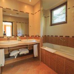 Отель Park Hotel Pirin Болгария, Сандански - отзывы, цены и фото номеров - забронировать отель Park Hotel Pirin онлайн ванная