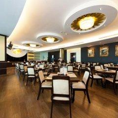 The Hanoi Club Hotel & Lake Palais Residences питание фото 5