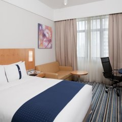Отель Holiday Inn Express Shenzhen Luohu 3* Стандартный номер с различными типами кроватей фото 4