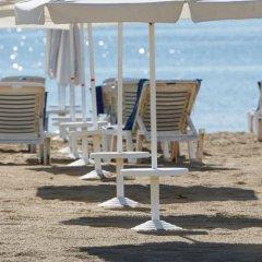 Отель Party Hotel Zornitsa Болгария, Солнечный берег - отзывы, цены и фото номеров - забронировать отель Party Hotel Zornitsa онлайн пляж фото 2