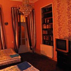 Отель Nataly Guest House 2* Номер категории Эконом с различными типами кроватей фото 12