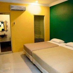 Soho City Hotel Стандартный семейный номер с двуспальной кроватью