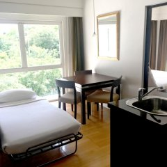 Апартаменты RCG Suites Pattaya Serviced Apartment Стандартный номер с различными типами кроватей