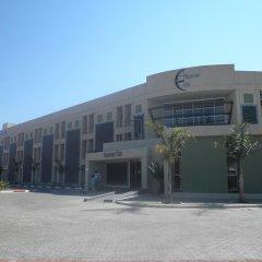 Отель Aquarian Tide Габороне парковка