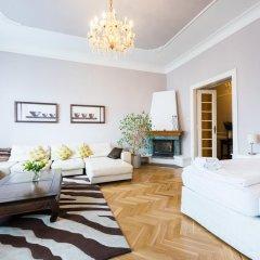 Апартаменты Wenceslas Square Apartment комната для гостей фото 5