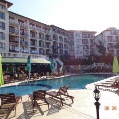 Отель Triumph Holiday Village бассейн