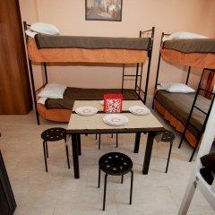 Мини-Отель Новый День Стандартный семейный номер разные типы кроватей (общая ванная комната) фото 5