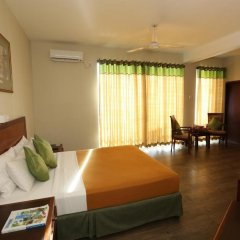Hikkaduwa Beach Hotel комната для гостей фото 3