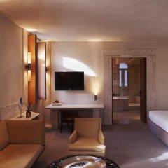 Отель Park Hyatt Milano 5* Люкс с различными типами кроватей фото 4