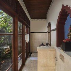 Отель Dwaraka The Royal Villas 4* Люкс Royal с различными типами кроватей фото 2