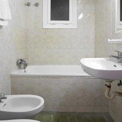 Отель Apartamentos Mur Mar Испания, Барселона - отзывы, цены и фото номеров - забронировать отель Apartamentos Mur Mar онлайн ванная фото 2