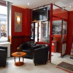 Отель De Paris Montmartre Париж интерьер отеля