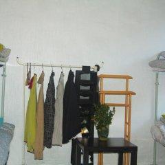 Hostel at Lenin Street Кровать в общем номере фото 2