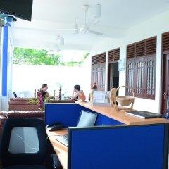 Отель Otha Shy Airport Transit Hotel Шри-Ланка, Сидува-Катунаяке - отзывы, цены и фото номеров - забронировать отель Otha Shy Airport Transit Hotel онлайн интерьер отеля фото 3