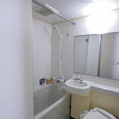 Отель UNIZO INN Tokyo Hatchobori 3* Номер категории Эконом с различными типами кроватей фото 4