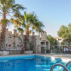 Отель Luxury Villa Karteros бассейн фото 2