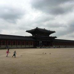 Хостел Itaewon Inn спортивное сооружение