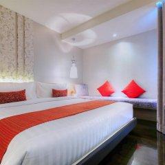 Отель Citrus Sukhumvit 13 by Compass Hospitality 3* Улучшенный номер с различными типами кроватей