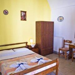 Отель Studio Maria Kafouros Греция, Остров Санторини - отзывы, цены и фото номеров - забронировать отель Studio Maria Kafouros онлайн комната для гостей фото 5