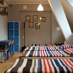 Hostel Universus i Apartament Кровать в общем номере с двухъярусной кроватью фото 13
