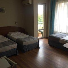 Hotel Lazuren Briag 3* Стандартный номер с различными типами кроватей фото 5