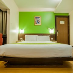 Отель The Seasons Bangkok Huamark 3* Стандартный номер с различными типами кроватей фото 2
