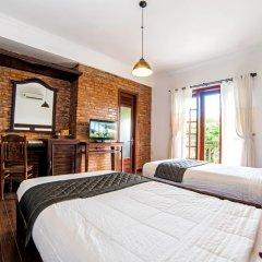 Отель Hoang Dao Villa 3* Номер Делюкс с двуспальной кроватью фото 3