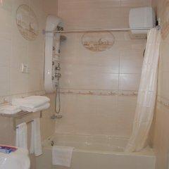 Kingsbridge Royale Hotel 3* Стандартный номер с различными типами кроватей фото 5