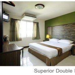 Отель Rambuttri Village Inn & Plaza 3* Улучшенный номер с различными типами кроватей фото 5