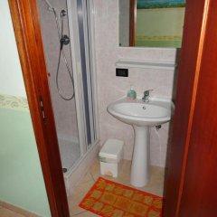 Отель Pensione Affittacamere Miriam Скалея ванная фото 2