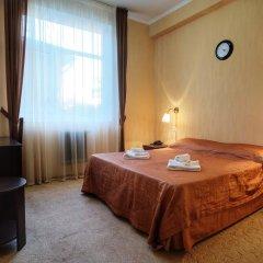 Гостиница Континент 2* Стандартный номер с двуспальной кроватью фото 4