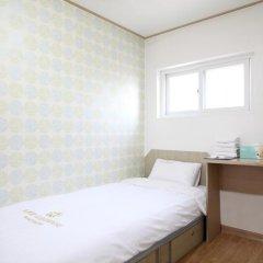 Отель K-POP GUESTHOUSE Seoul Station 2* Номер категории Эконом с различными типами кроватей фото 6