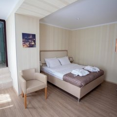 Отель Rustaveli Palace Стандартный номер с различными типами кроватей фото 12