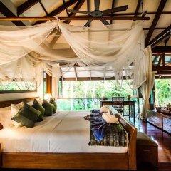 Отель Koh Jum Beach Villas 4* Вилла с различными типами кроватей фото 6