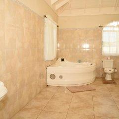 Отель Retreat Guest House Ямайка, Дискавери-Бей - отзывы, цены и фото номеров - забронировать отель Retreat Guest House онлайн ванная