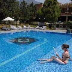 Отель Park Village by KGH Group Непал, Катманду - отзывы, цены и фото номеров - забронировать отель Park Village by KGH Group онлайн бассейн фото 2
