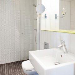 Отель Quality Hotel Waterfront Норвегия, Олесунн - отзывы, цены и фото номеров - забронировать отель Quality Hotel Waterfront онлайн ванная
