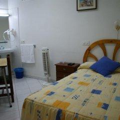 Отель JQC Rooms 2* Стандартный номер с различными типами кроватей (общая ванная комната) фото 9